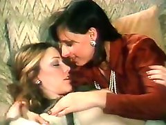 Cute lesbian Mary stars in wonderfully prepared fucking scene