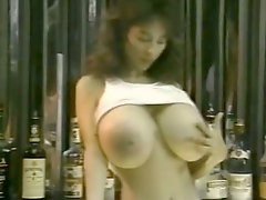 Super juggy retro babes Becky Savage, Busty Belle, Candy Samples in hot retro clip