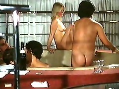 Super busty vintage whores suck strong cocks in hotel jacuzzi