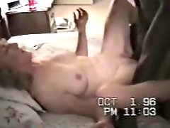 Classic cuckold clip from the 90s