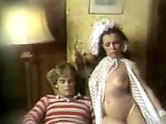 Mature brunette gets fucked in cowgirl position in hot retro clip