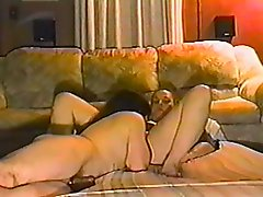 Amateur girl with nice ass gets fucked doggystyle on the floor