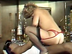 Classic blonde whore in stockings rides hard cock face to face