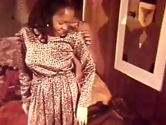 Horny Black Babes in Vintage Lesbian Sex