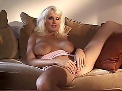 Big breasted lesbian retro hotties get it on