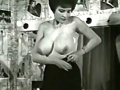 Bigtitted Mature girl Follows A Undressing Directions