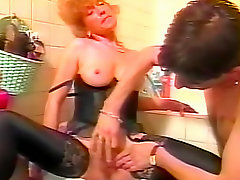 Retro mature lingerie suck video