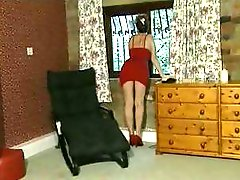Maxine is a British slut that masturbates and likes girls