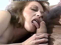 Hairy pussy fuck in the motel
