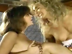 Vintage tranny and two girls threeway fucking
