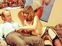 Retro scene with a stunning cock-riding
