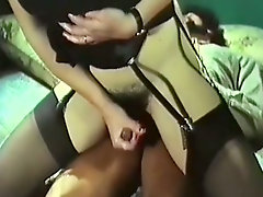 Dumpy brunette tramp got her hairy pussy banged in reverse cowgirl pose